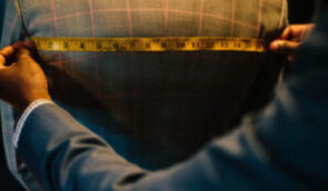 Bespoke vs. Made-to-Measure vs. Ready-to-Wear Suit: What is the Difference?